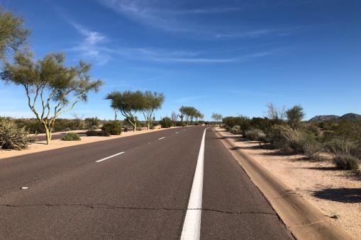PT Cycling Centre - open road Arizona